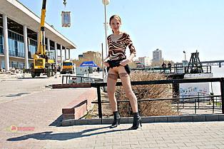 Dasha on up skirt nude shots